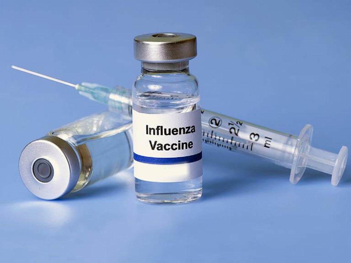 Kanyle og ampul med influenzavaccine